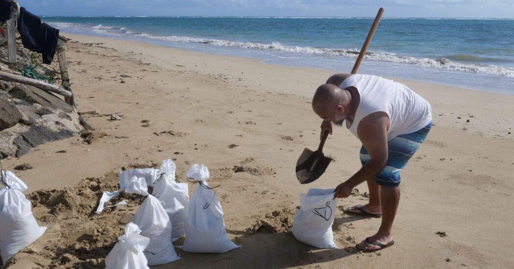 Hurricane Douglas: Hawaii Braces for 'Triple Threat'