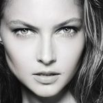 'Challenge Accepted' on Instagram: Black and White Selfies for Women