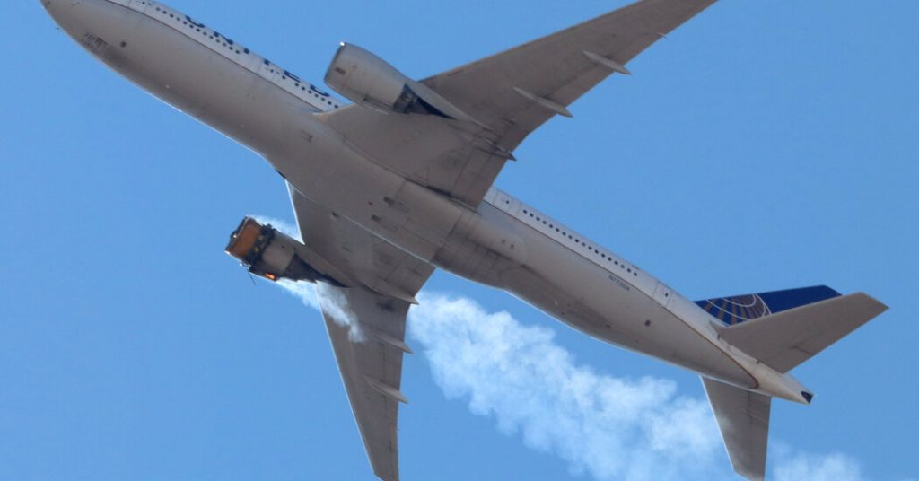United Flight Sheds Debris Over Broomfield, Colo., After Engine Failure